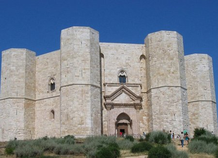 Castel del Monte UNESCO Heritage Puglia Weddings