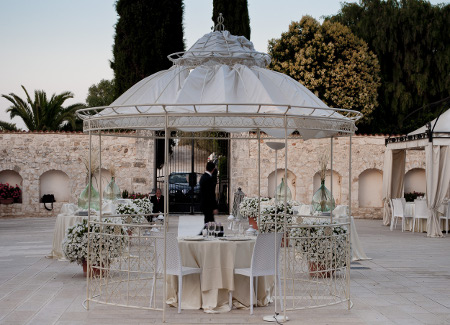 The elegant masseria madama wedding planners puglia